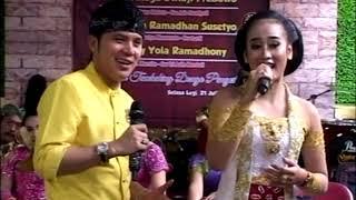 Dhimas Tedjo ft Uut - Lgm. Kadung Tresno