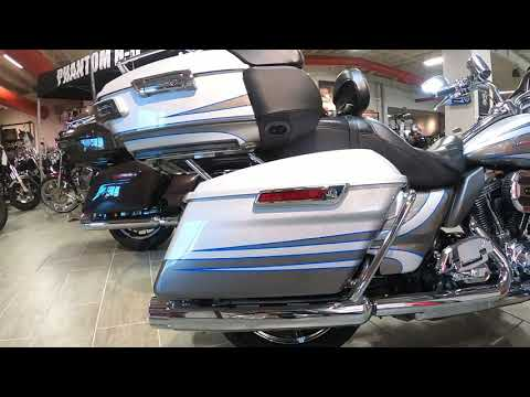 2016 Harley-Davidson CVO Street Glide FLTRUSE