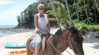 preview picture of video 'Horseback riding at the Beachouse'