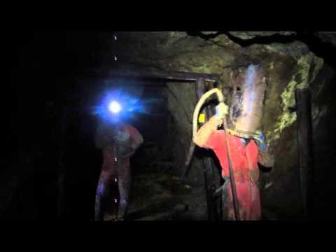 Zakázaná cesta - Total underground