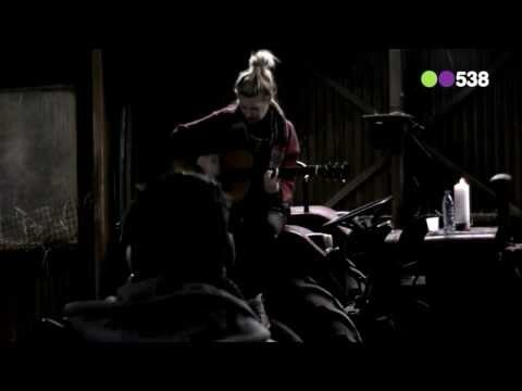 Miss Montreal - Say Heaven, Say Hell (live bij Utopia)