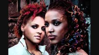 Floetry - Lay Down (with Lyrics)
