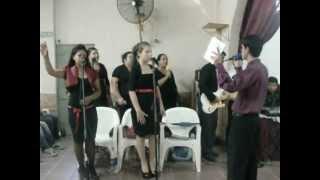 preview picture of video 'Coro de  granadero baigorria.-rey de reyes'