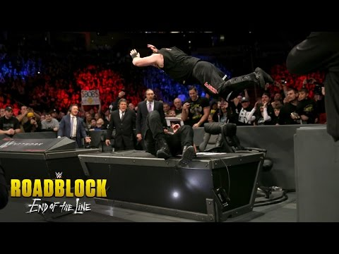 Roman Reigns vs. Kevin Owens - WWE Universal Title Match: WWE Roadblock: End of the Line