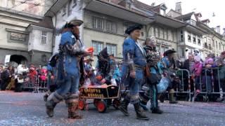 スイス発 ベルンのファスナハトパレード・MIBと山男たち 4 【スイス情報.com】