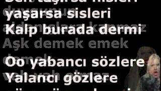 Hadise - Aşk Kaç Beden Giyer Lyrics