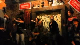 Video Acoustic Celebro- Bouře a pád