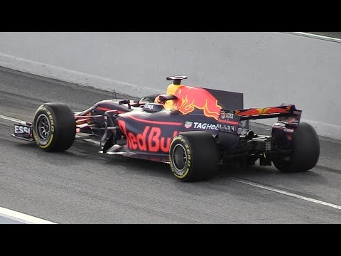 Red Bull RB13 2017 F1 Car in Action - Formula 1 Pre-Season Tests in Spain
