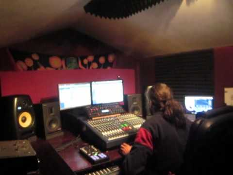 Raja in Studio