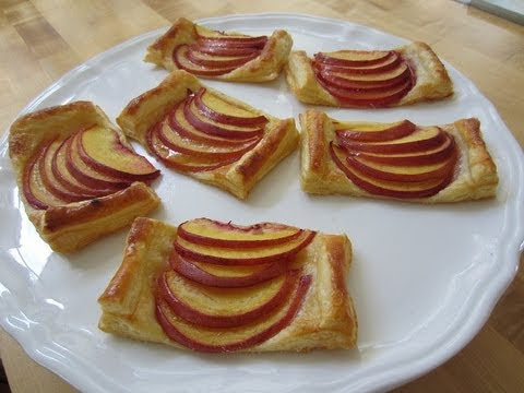 Video Puff Pastry with Nectarines