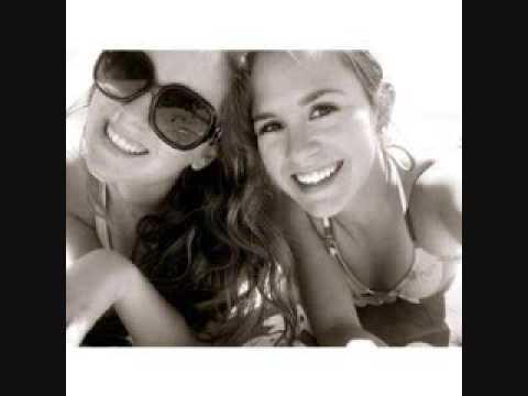 Maybe, possibly ! (subtitulos español) - Megan and Liz