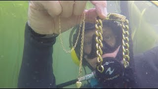 RIVER TREASURE FOUND BIGGEST GOLD CHAINS, SILVER, GUN PARTS , UNDERWATER METAL DETECTING