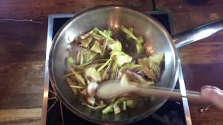 30 Second Recipes – Chef Marco Mazzone cooks Rustichella d'Abruzzo Trenne