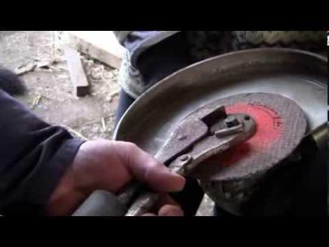 Retinol das Acetat für die Nägel bei der Schuppenflechte
