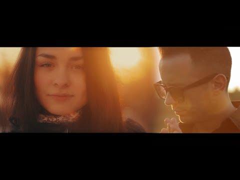 Blondu De La Timisoara – De gheata esti, femeie Video