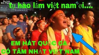 AFF CUP 2018: HÁT QUỐC CA VIỆT NAM & NHỮNG KHOẢNH KHẮC TỰ HÀO THIÊNG LIÊNG ĐẾN VỠ ÒA TRONG HẠNH PHÚC