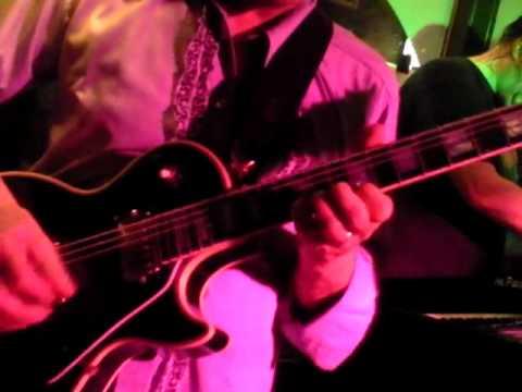 JUMP ( Van Halen) door Pariah Cuijk