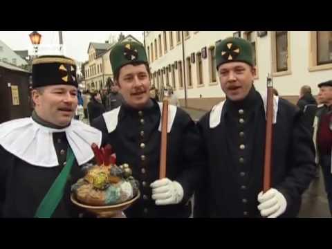 Der Weihnachtsmarkt in Seiffen | euromaxx