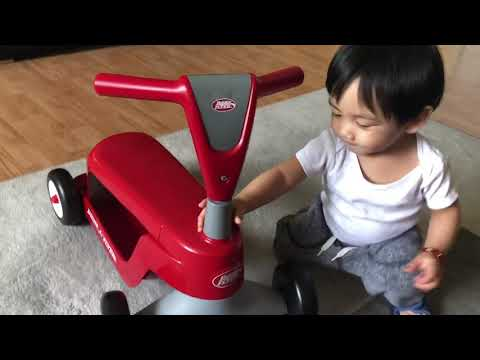 Unboxing my Radio Flyer Scoot 2 Scooter