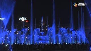 Mii de bucureşteni au fost prezenţi la redeschiderea fântânilor din Piaţa Unirii