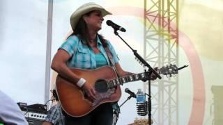 """Terri Clark """"Longer"""" Live CMAFest 2014"""