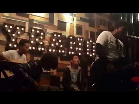 TRYTOWAKEUP - linoleum ( NOFX COVER ) live at Cyrano cafe Bogor