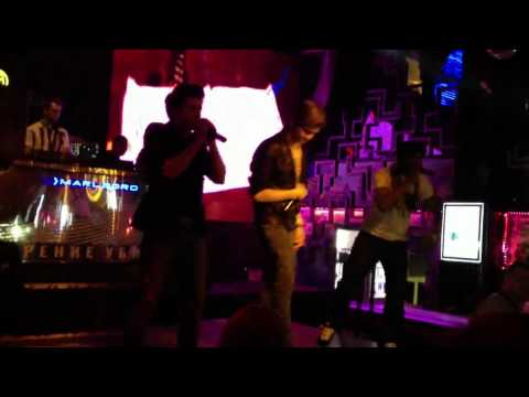 L-GANCE LIVE PERFORMANCE ( Lookin rooms and Pro Bar ...Moscow )