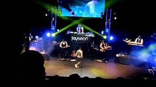 Jay Sean singing She Has No Time LIVE at Hammersmith Apollo 5/12/11