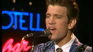 """Chris Isaak - """"Mystery Train"""" Live, 1985"""
