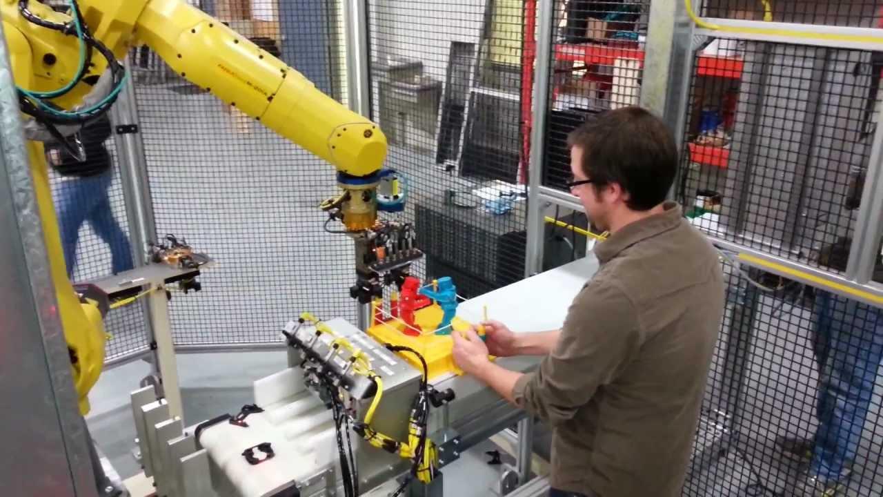 Of Course Robots Beat Humans At Rock 'Em Sock 'Em Robots