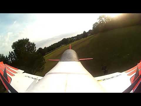 eflite-v900-2250-3s-super-fast-crazy-plane