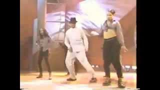 Soul Train 96' Performance - MC Hammer - Pumps And A Bump!