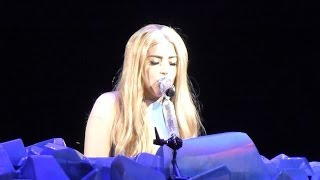 Леди ГаГа, Lady Gaga at Mohegan Sun Arena - 05-10-14 - Vid 04 - Paparazzi, Do What U Want, Born This Way