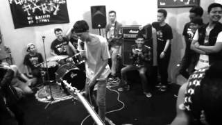 Part 2 xcoastedx Live @ autonomous party studio show Youth Of Today - slow down cover