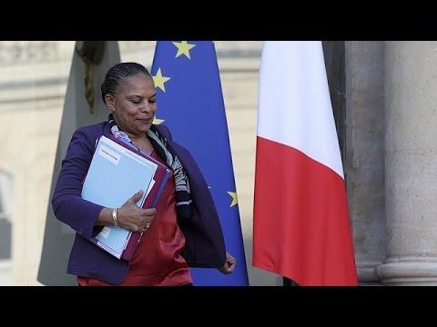 Η αφαίρεση της γαλλικής ιθαγένειας διχάζει πολιτικό κόσμο και κοινωνία