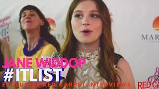 Jane Widdop interviewed at the premiere of Jessica Darling's It List #ITList