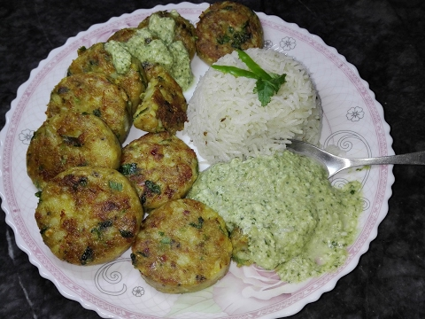 Crispy and Spicy Aloo Tikki Traditional Appetizer Recipe