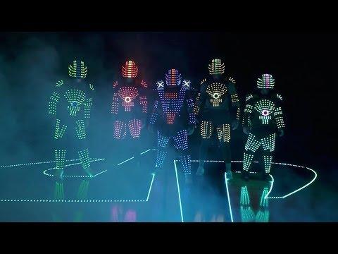 Glow In The Dark Trick Shots   Dude Perfect (видео)