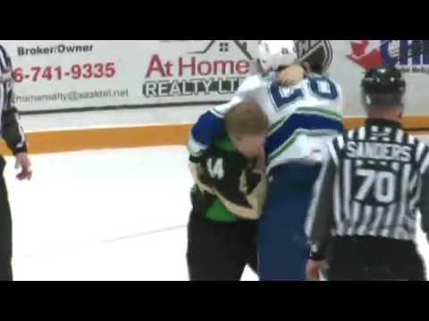 Drew Warkentine vs Tyler Adams