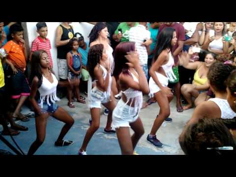Meninas Dançando Funk - Bonde Das Mandadas