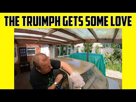 Workshop Tinkering And Triumph Acclaim Paintwork Vlog