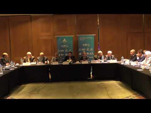 لقاء السيدة/نيفين جامع وزيرة التجارة والصناعة بأعضاء مجلس ادارة الاتحاد العام للغرف التجارية