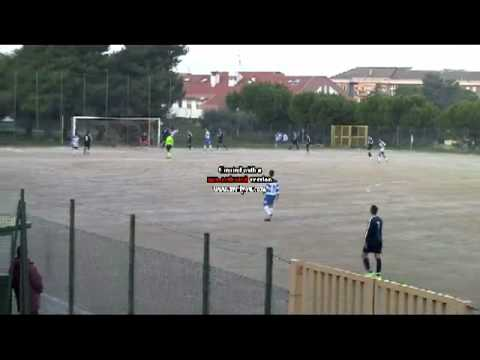 Preview video 10° TURNO ALLIEVI REGIONALI 1995-1996: BACIGALUPO-PENNE 2-0
