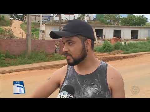 Moradores de Almirante Tamandaré vivem drama - Tribuna da Massa Manhã (03/01/18)