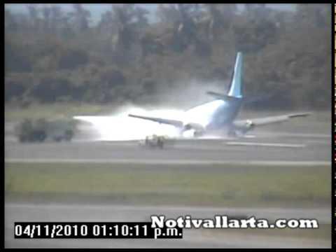 ATERRIZA DE EMERGENCIA BOEING 737 EN EL AEROPUERTO GUSTAVO DIAZ ORDAZ.mpg
