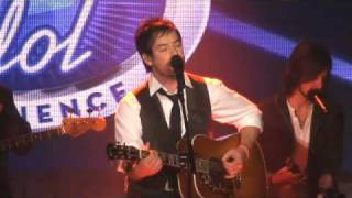 David Cook Sings 'Light On' At Disney World's American Idol Experience