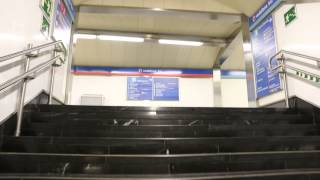 preview picture of video 'Madrid  Metro Transfer at SOL station'