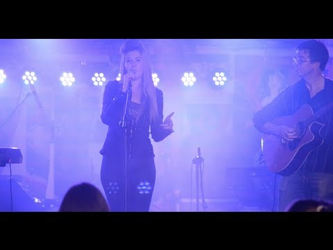As Long As You Love Me (Justin Bieber Acoustic Live Cover) 16 year old Hannah Hawkshaw