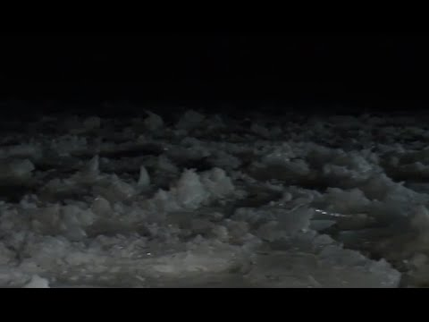 Ice in St. Clair River causing major flooding issues; Coast Guard working to break it up