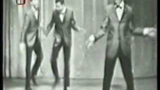 The Isley Brothers - Shout (live 1959)